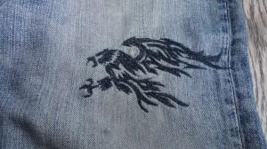 ハヤブサ刺繍